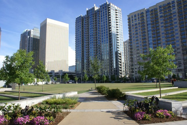Apartments near Romare Bearden Park in Uptown Charlotte
